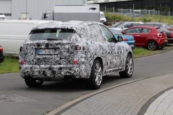 BMW X 3 mit M 2 Motor