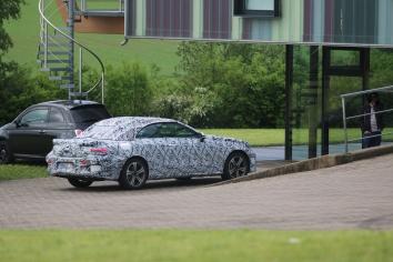 "Mercedes E-Klasse Cabrio stark "" verkleidet """