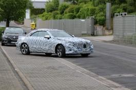 Mercedes Cabrio Erlkönig hier mit 4 Zyl Motor