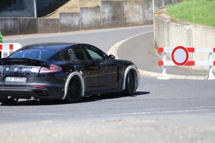 Porsche Panamera Muletto