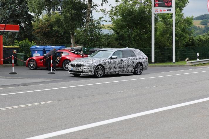BMW 5er Touring 550d mit Quadtturbo