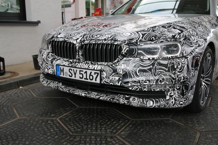BMW 5er Touring ...hier verbaut das LED Matrix Licht