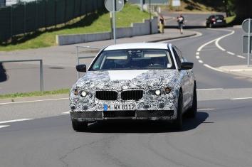 BMW 5er Erlkönig Vorstellung der Limousine Karneval 2017