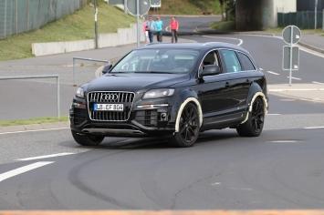 ..und den Kotflügeln erkennt man : dies ist kein Audi..
