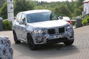 BMW X 3 Erlkönig der Verlauf der Seitenfenster ist hier gut erkennbar