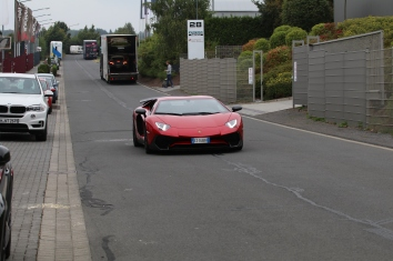 Lamborghini Aventador am späten Nachmittag......
