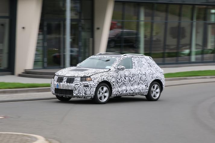 VW Polo SUV Erlkönig