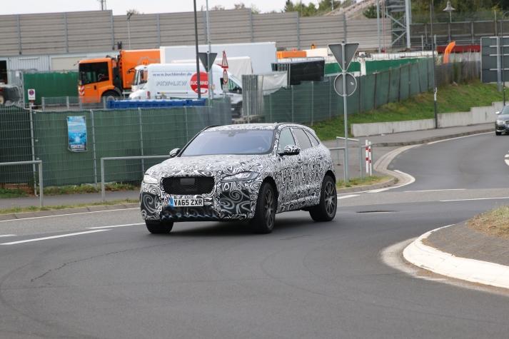 Jaguar F - Pace Erlkönig HP Version war auf der NS sehr zügig unterwegs.....