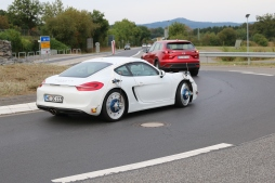 Reifenversuch von Goodyear/Dunlop mit Porsche