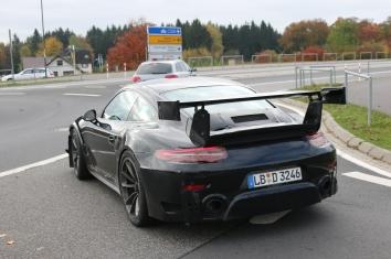 Porsche Muletto