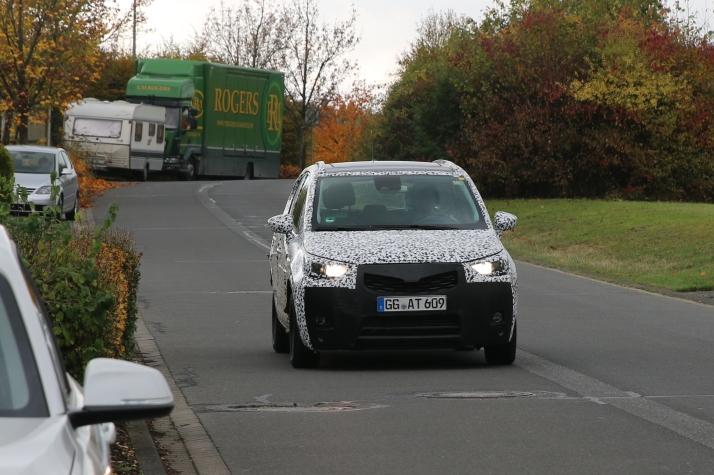 Opel Crossland X Erlkönig