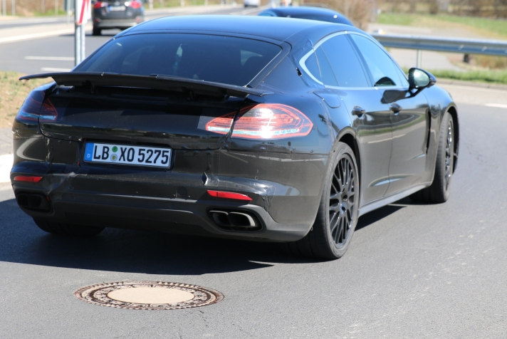 Porsche Panamera Prototyp April 2016