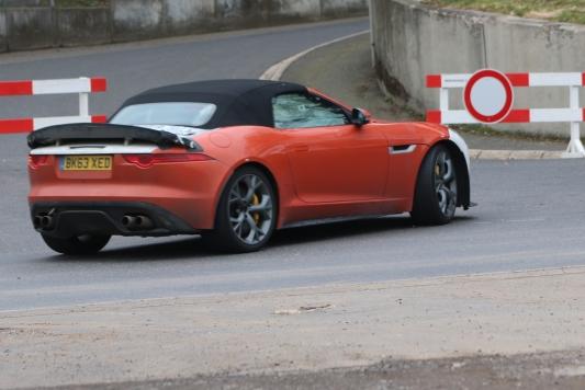 Jaguar F-Type SVR bei aerodynamischen Testfahrten