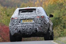 Range Rover Velar Erlkönig kommt als 4 Zyl. und SVR