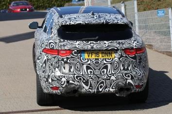 Jaguar F-Pace SVR mit 5l Motor und 550 PS