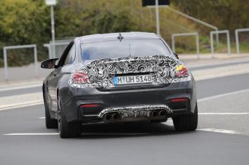 BMW M4 CS Erlkönig 0 - 100 in 3,9 sec
