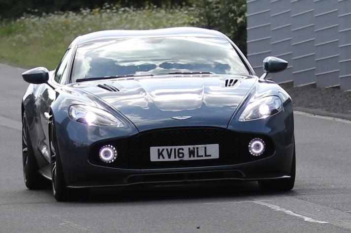 Aston Martin Coupe