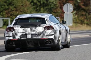 Ferrari GTC4 Lusso T prototype