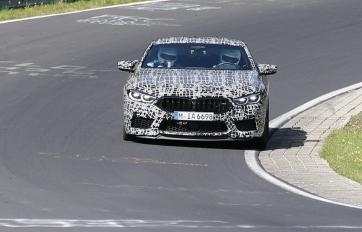 BMW M8 GT 4