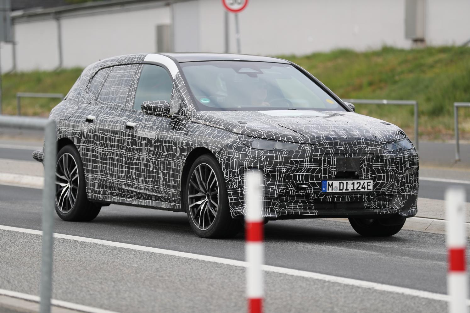 2020 BMW i6/iNEXT/iX8/iX 16