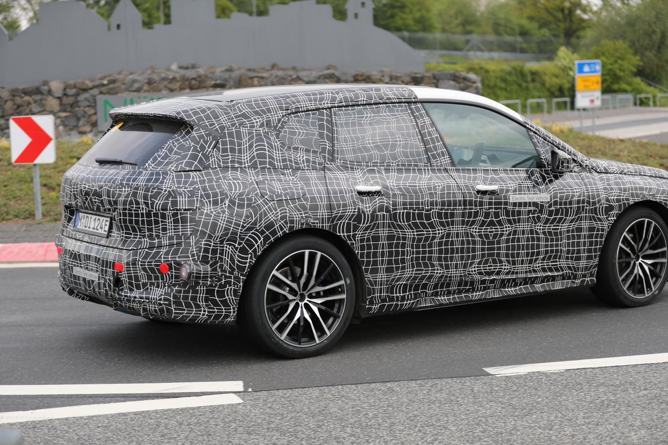 2020 BMW i6/iNEXT/iX8/iX 18