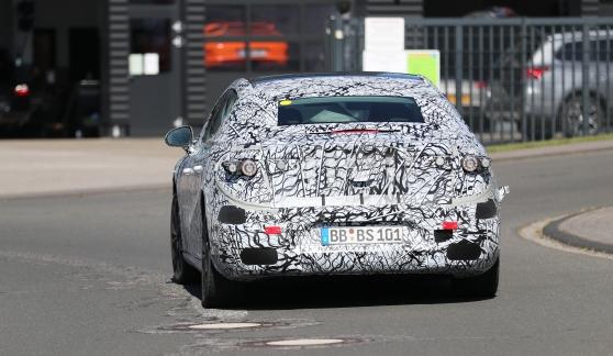 Mercedes fährt elektrisch